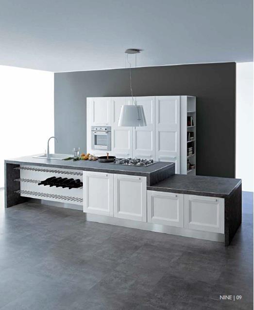 Aqua è il frutto dell'attenzione di Aran Cucine all'ambiente: lo stesso nome indica che le finiture sono realizzate con vernici atossiche a base di acqua.