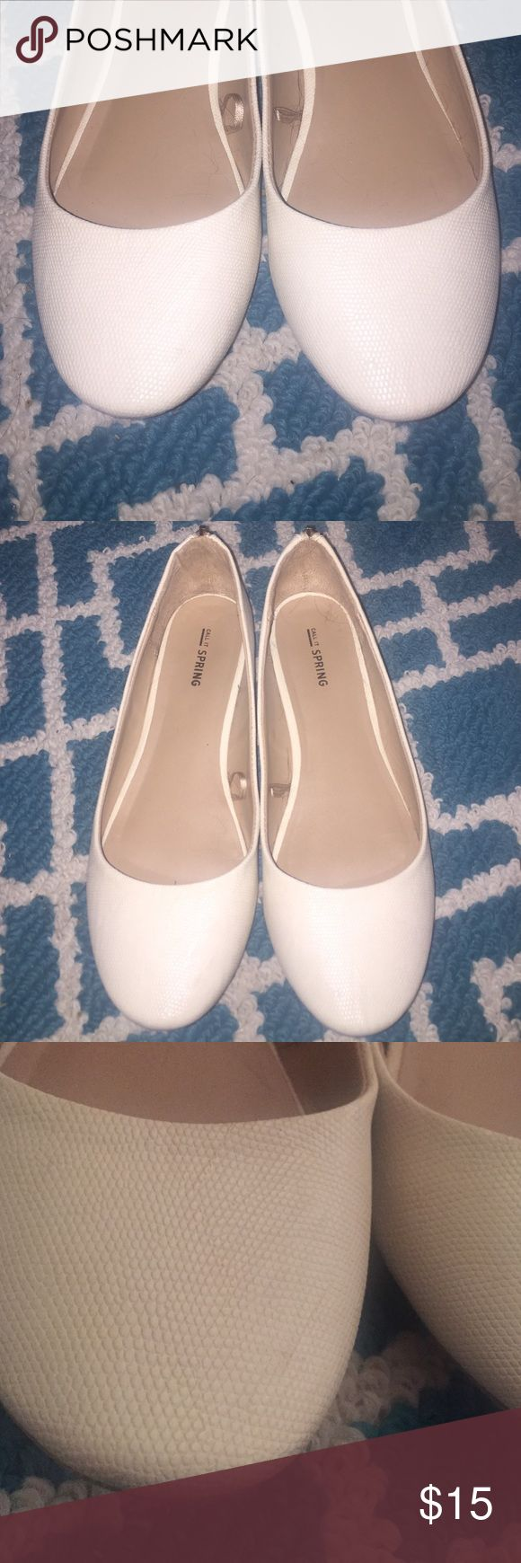 Cream Flats Classy cream flats with subtle snake skin texture. Barely worn. Great with slacks or a skirt. Call It Spring Shoes Flats & Loafers