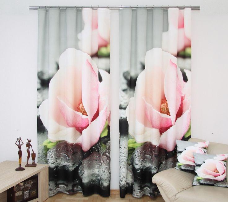 Sada hotových závěsů vzor růžové květy