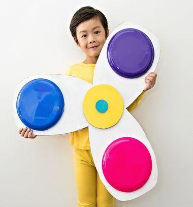 DIY Spinning fidget spinner costume from cardboard // Fidget spinner jelmez gyerekeknek házilag kartonpapírból // Mindy - craft tutorial collection // #crafts #DIY #craftTutorial #tutorial