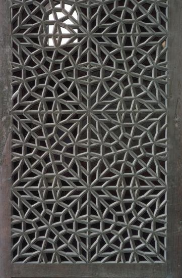 Best Lattice Images On Pinterest Islamic Art Arabesque And - Carved wood lace like lighting design inspired islamic decoration patterns