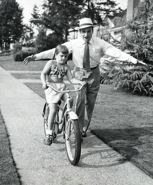 Reminds me when my dad taught me to ride a bike..Dad would run along with me.