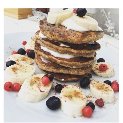 Banana and Oat pancakes. Low fat and Low Sugar.