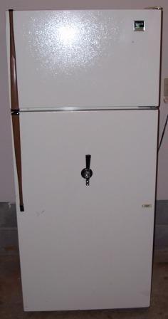 Convert your fridge into a Draft Beer Kegerator