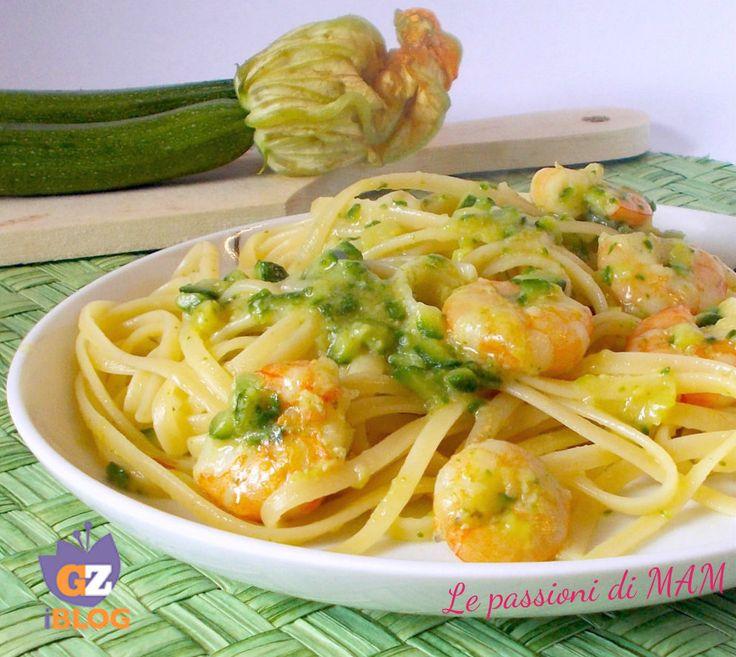 Le linguine zucchina e gamberetti sono un primo piatto di pesce semplice e veloce, facile da preparare e gustoso. Blog Giallo Zafferano