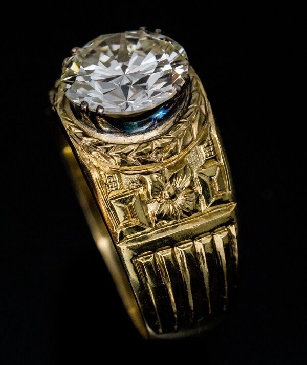fe279aa479 Vintage 3.48 Ct Diamond Carved Gold Men's Ring - Antique Jewelry | Vintage  Rings | Faberge Eggs
