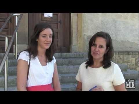 Entrevista a Isabel Echavarría Díaz-Guardamino, alumna de Curso MIR 2011-12 que ha obtenido el puesto número 2 en el examen MIR 2011 celebrado en enero de 2012.  Nos comenta de sus experiencias y consejos para los futuros aspirantes.