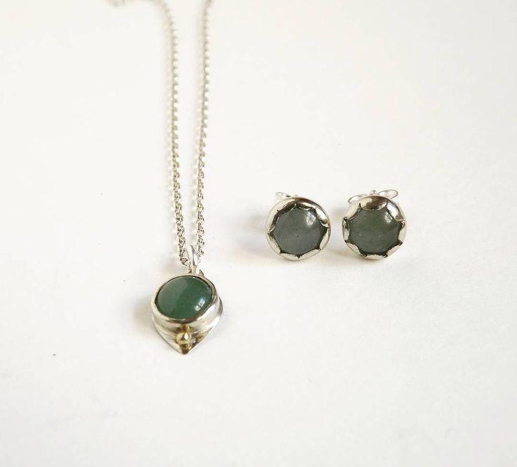 Pendant and earrings with aventurine. #jewellery #jewelry #kosmojewellery #κοσμώ #earrings #pendant #necklace #fashion