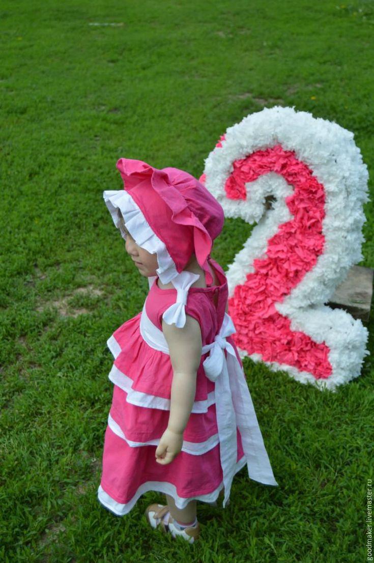 В рамках тематической недели 'Детский Мир' хочу представить вам яркое летнее платье. Сшито по случаю Дня Рождения племянницы. Данная публикация не полноценный мастер-класс по пошиву платья, т.к я не шью профессионально, да и вообще это второе сшитое мной детское платье:) Так что получился скорее вариант оформления платьешка, которое подойдёт на праздник и на каждый день.…
