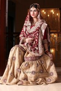 Gharara, Sharara, India, Lucknow, Indian actress, Meena Kumari, Pakeezah, Rekha, Umrao Jaan, women, Indian subcontinent, Kareena Kapoor, wedding. Nawab of Pataudi, Saif Ali Khan, Lehenga choli, Lehenga,fashion, traditional Gharara, Sharmila Tagore, Nikkah