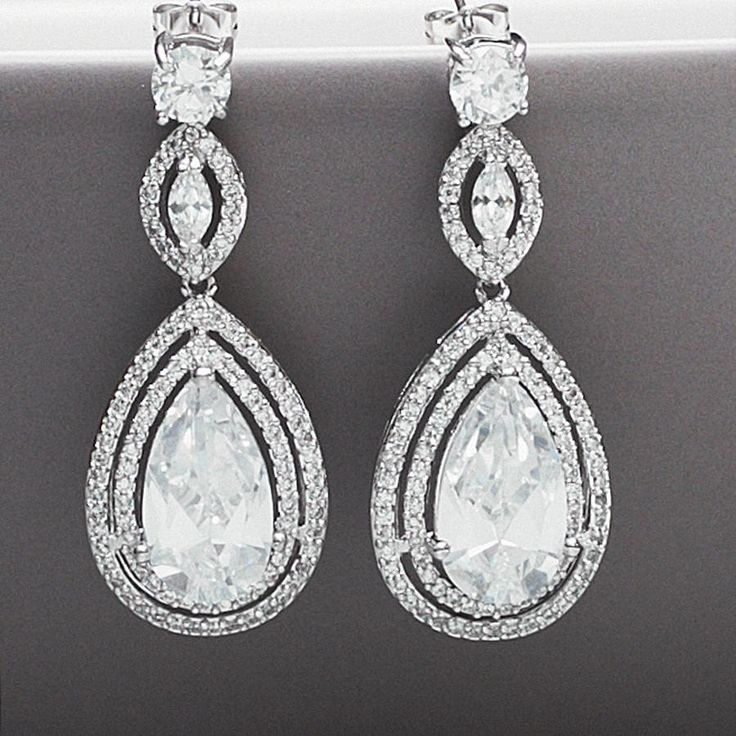 Peardrop Vintage Style Crystal Earrings