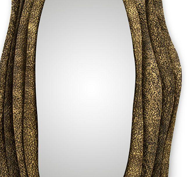 Singular Luxury It´S Personified In Brabbu's Two New Wall Mirrors #WallMirrors #QualityMirror #GoldenMirrors BRABBU http://mydesignagenda.com/singular-luxury-its-personified-in-brabbus-two-new-wall-mirrors/