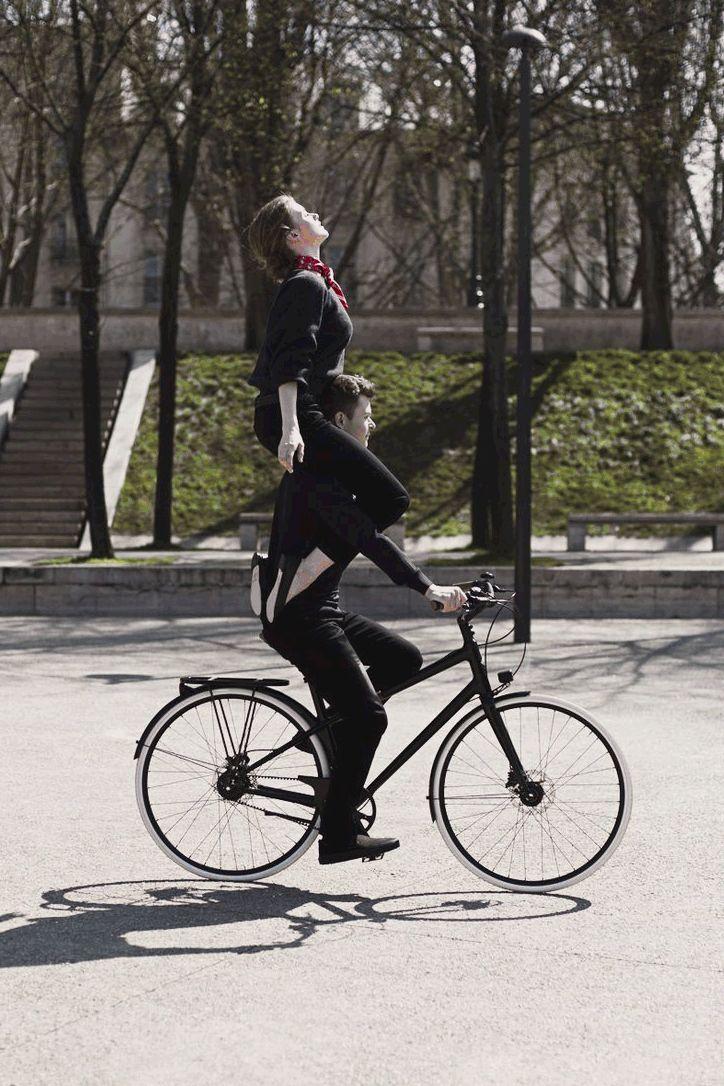 Le Flaneur d'Hermes. Nowe luksusowe rowery Black&White.