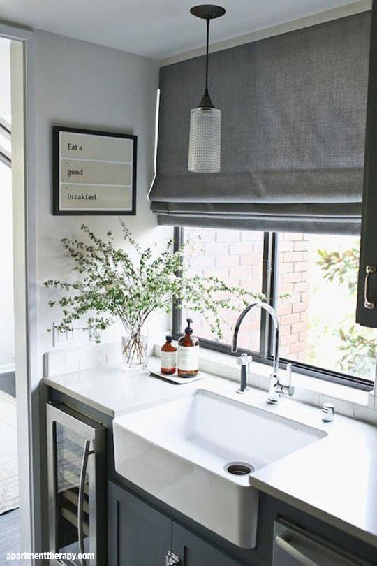 Compact wash up area