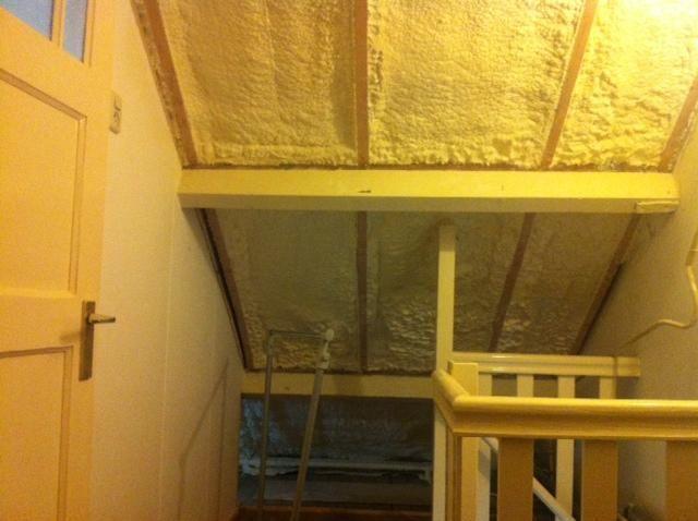 Afwerken zolder stucwerk plaatsen gipsplaten en knieschotten zolderkamer pinterest - Zolder stelt fotos aan ...