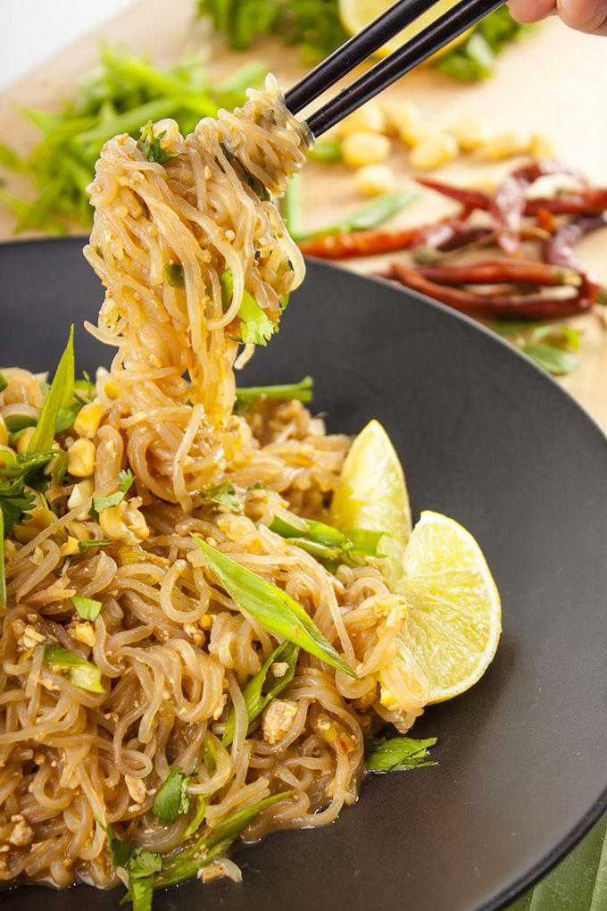 Pad Thai under 200 calories - also vegan and gluten-free