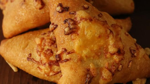 Honey Bacon Cheddar Puffs