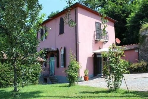 Property for sale in Tuscany, Lucca, Lucca, Italy - Italianhousesforsale - http://www.italianhousesforsale.com/view/property-italy/tuscany/lucca/lucca/2556158.html