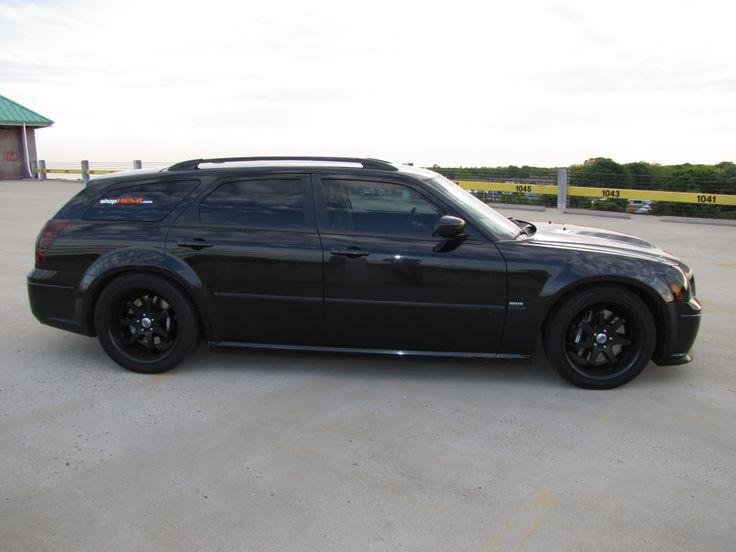 Dodge Magnum station wagon in black    #dodge #magnum #stationwagon #black