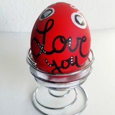 Oeuf messager rouge love you saint valentin