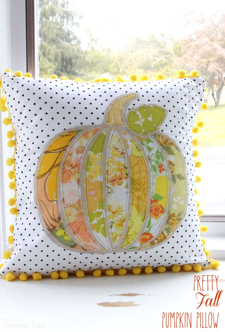 Vintage Pumpkin Fall Pillow. If you sew the front and back together all the way around and stuff it instead of making it an envelope, you're set for the fair!