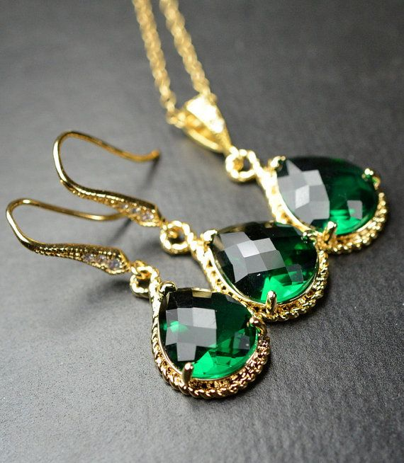 Beautiful but pricy  Bridesmaid jewelry Green emerald gold Earrings Necklace SET ,Drop, Dangle, Glass Earrings, bridesmaid gifts,Wedding bridesmaid cards