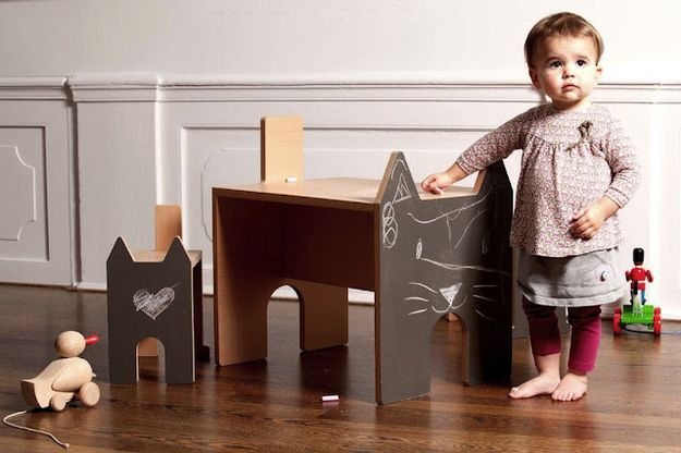 Chalkboard Desk and Chair Set | Kids' Furniture That Really Should Come In Adult Sizes