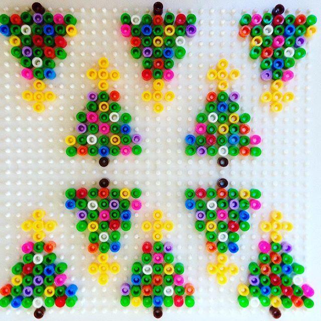 Christmas tree ornaments hama beads by alaannuschka