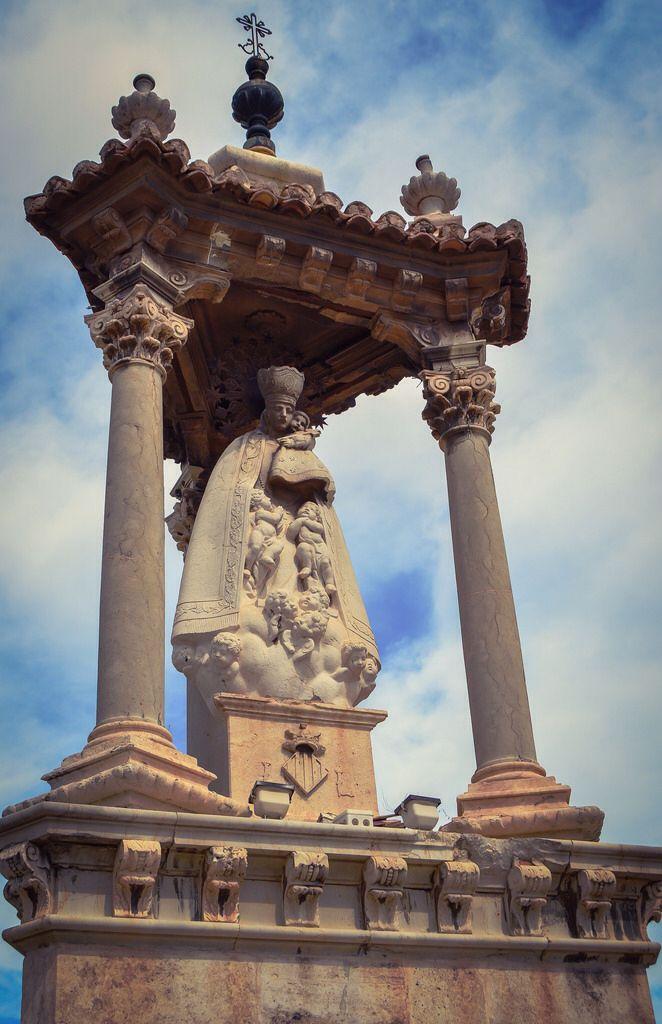 Casilicio de la Virgen de los Desamparados, Puente del Mar (Valencia - Spain)