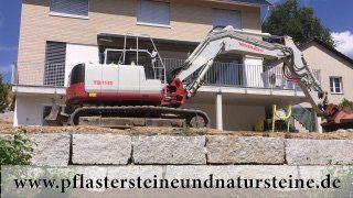 B&M GRANITY - Eine Natursteinmauer kann so individuell sein…Die Mauer aus Naturstein kann traditionell, modern, rustikal, antik usw. sein. Es gibt so viele Varianten…Diesmal… eine Mauer aus Granit (allseitig gespaltene, graue Granit-Mauersteine) http://www.pflastersteineundnatursteine.de/fotogalerie/mauersteine/