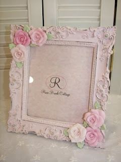 lovely shabby chic / vintage / cottage styled frame