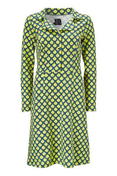 Iben kjolen er uden tvivl min favorit. Pasformen er perfekt og det klassiske snit får et frisk pust fra det retro inspirerede print.