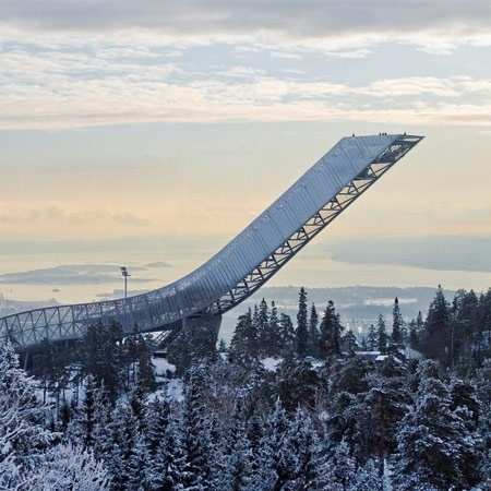 A bit of a cliche since I'm norwegian, but this is our fabelous Holmenkollen ski jump.