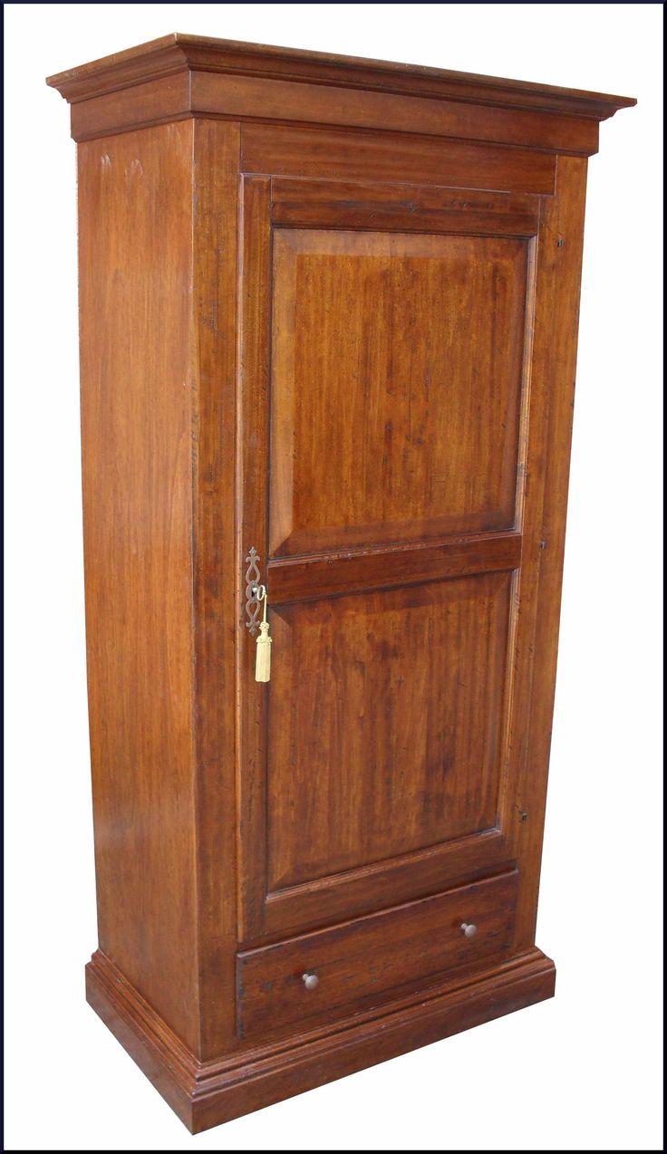 Mobile a una porta in stile rinascimentale