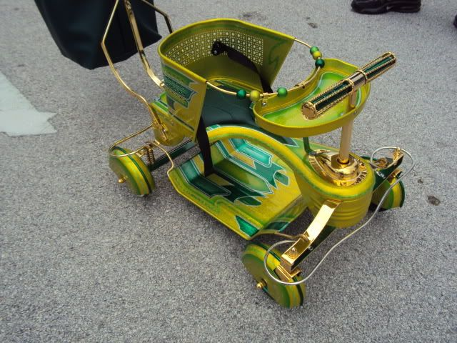 Kandy Painted & Gold Plated Custom Taylor Tot Stroller For Sale