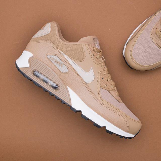 release date: 94e50 db9e3 Nike Wmns Air Max 90 - 325213-212 •• Mer nyheter från Nike,