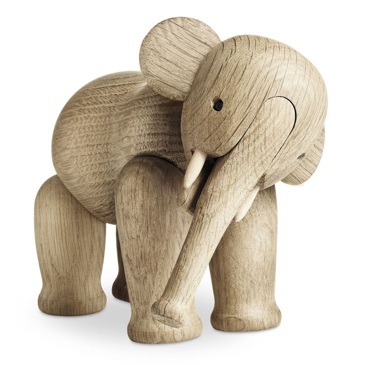 Danish wooden elephant. Kay Bojesen, via Vtwonen.