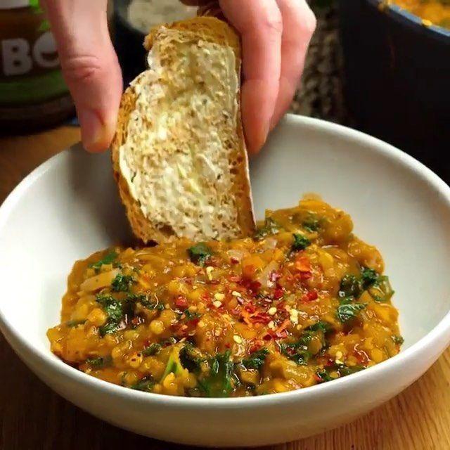 Healthy Vegan Community On Instagram Vegan On A Budget By Bosh Tv Full Recipe Vegan Recipes Healthy Vegan Dinner Recipes Vegetarian Breakfast Recipes