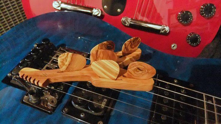Guitar Picks gift set, 6 olive wood plectrums with olive wood Flying V Guitar shaped plectrum stand by ellenisworkshop on Etsy