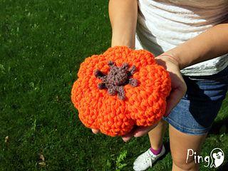 Sweet Halloween Pumpkin - free crochet pattern by Jenya Kovacheva