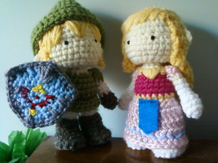 Amigurumi Zelda Pattern : Legend of zelda mittens and hat sprite stitch