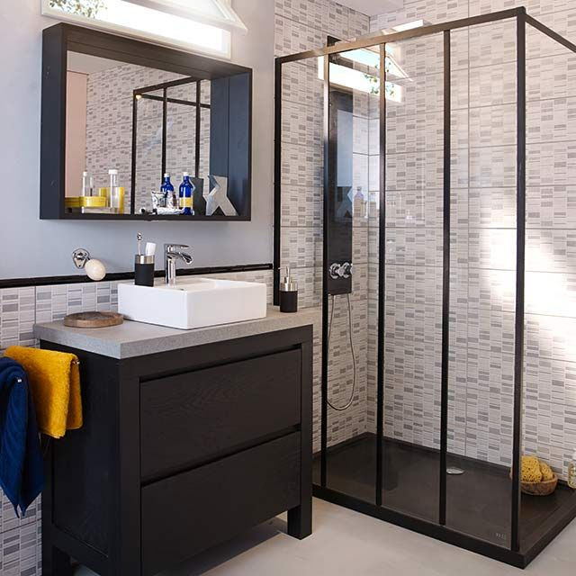 les 25 meilleures id es de la cat gorie douche noir sur pinterest salle de bain en b ton. Black Bedroom Furniture Sets. Home Design Ideas