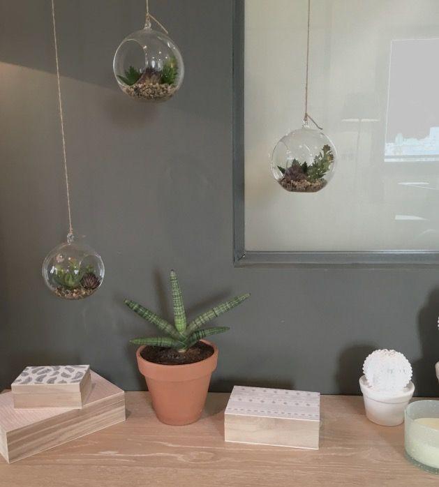 17 meilleures images propos de vases soliflores fleurs. Black Bedroom Furniture Sets. Home Design Ideas