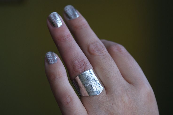 Mistress's ring. Tarnish resistant sterling silver shield for female dominant in the BDSM subculture. Made to order by DiscreetSlave on Etsy