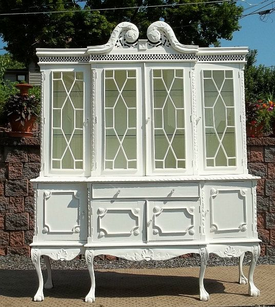 I Love The Pictures On The Side Of Hutch Want To Do This: Best 25+ White China Cabinets Ideas On Pinterest