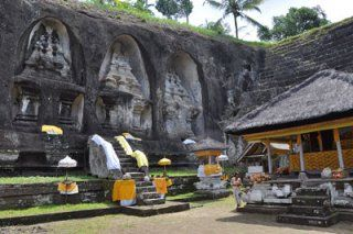 Gunung Kawi Temple on #Bali #Gunungkawi. The carved shrines are 7 meters tall. When standing in front of them look around and imagine how this place looked like more than a 1000 years ago.