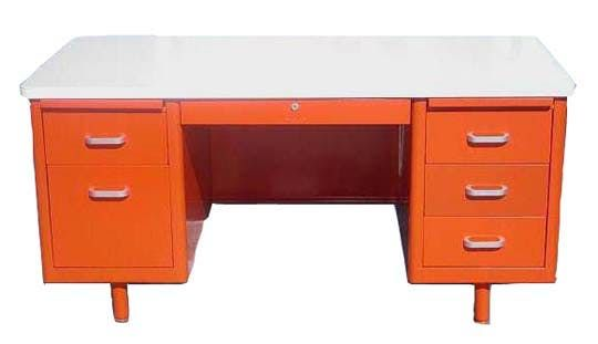 The Tanker Desk — An American Modern Classic