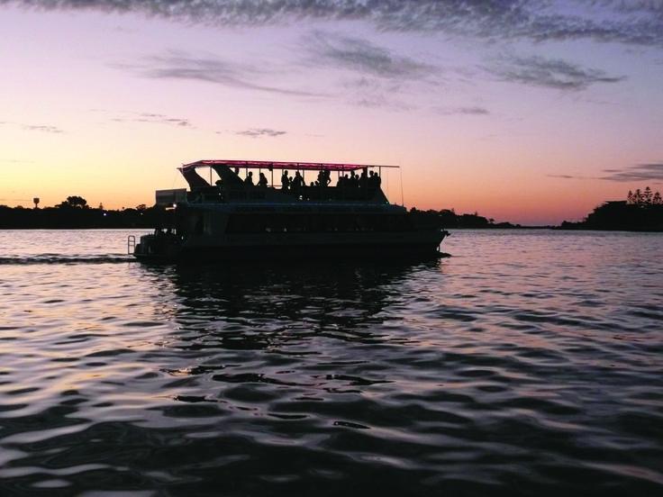 A sundowner cruise on the Mandurah Estuary