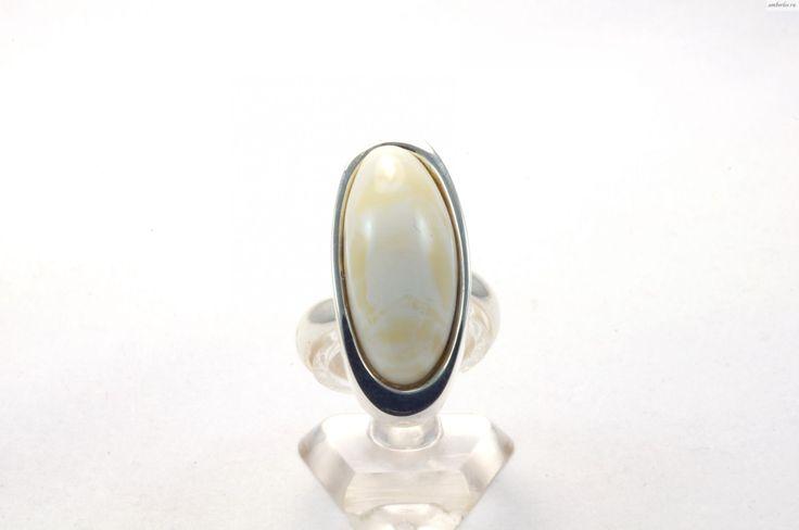 Янтарное кольцо КО099
