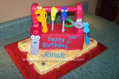Coolest homemade handy manny s toolbox cake cake for Handy manny decorations